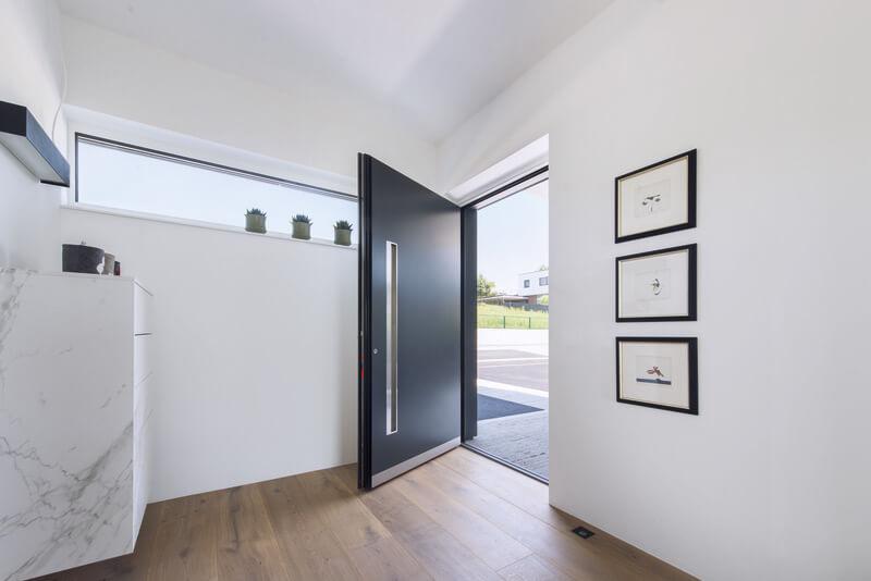 Zdjecie do artykułu: Czym charakteryzują się dobre drzwi do domu